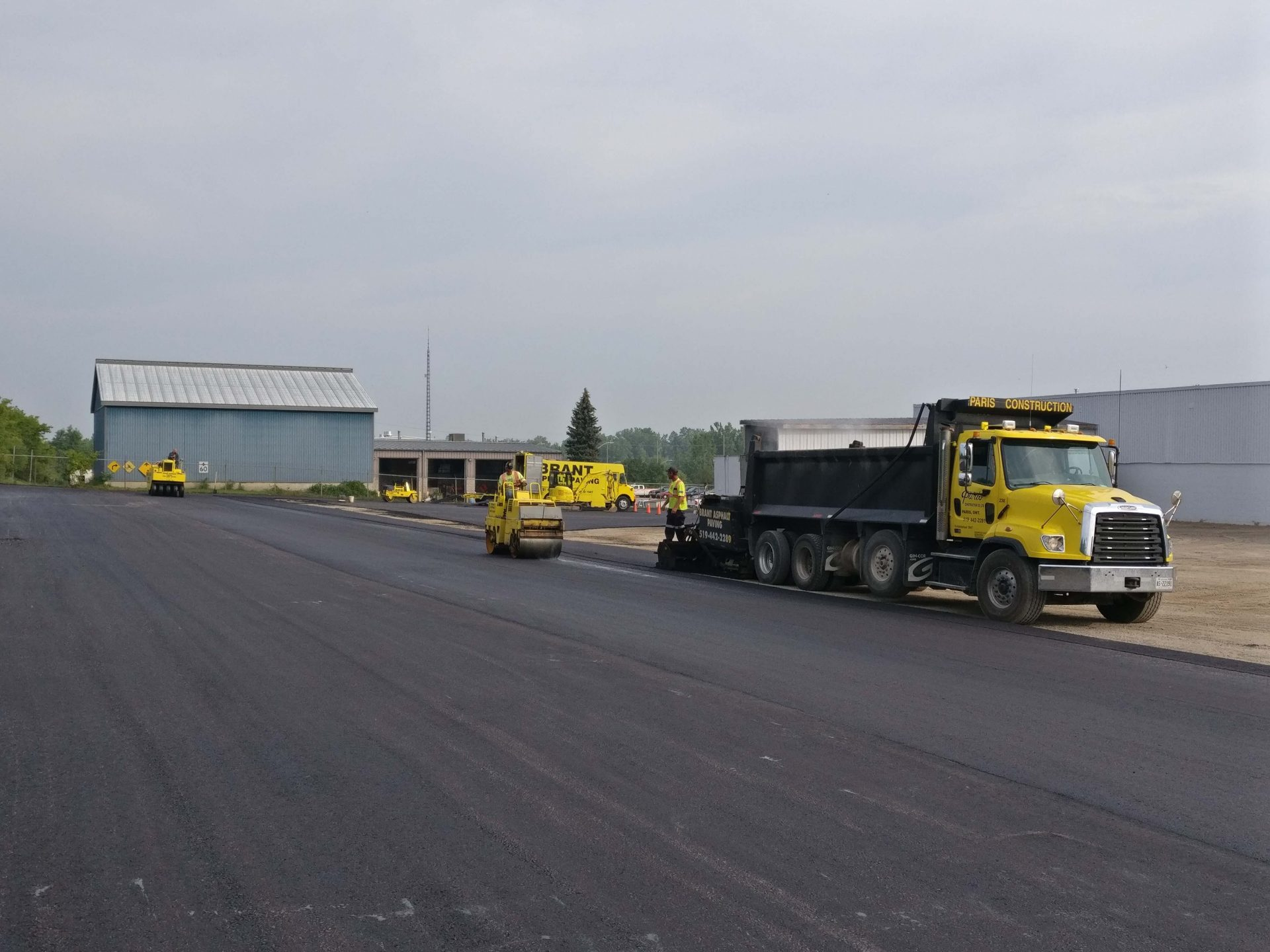 large lot asphalt paving by Paris Construction